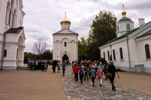 Cостоялась паломническая поездка воскресных школ Витебска в Полоцкий Спасо-Евфросиниевский женский монастырь
