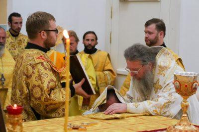 Архиепископ Димитрий возглавил соборное Богослужение и епархиальное собрание духовенства Витебской епархии