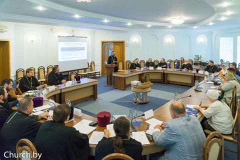 Патриарший Экзарх возглавил встречу руководителей епархиальных отделов Белорусской Православной Церкви по церковной благотворительности и социальному служению