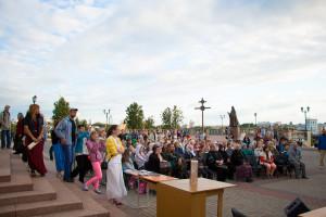 Концерт участников XIII Международного православного фестиваля «Одигитрия» у стен Успенского кафедрального собора города Витебска
