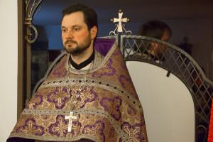 В храме преподобного Антония Римлянина города Витебска прошла Литургия Преждеосвященных Даров в вечернее время