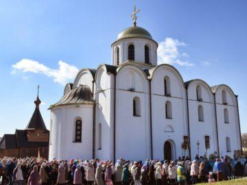 В Витебске прошли торжества по случаю престольного праздника храма Благовещения Пресвятой Богородицы