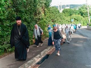 Паломники из Витебской епархии совершили поездку на праздник в честь Смоленской иконы Божией Матери