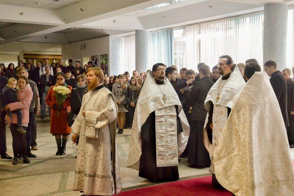 Клирики Витебской епархии совершили заупокойное богослужение по новопреставленному декану исторического факультета Шорцу Валерию Михайловичу