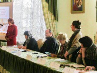 В Витебске прошёл круглый стол «Формирование духовно-нравственных ценностей на основе традиций православной культуры»