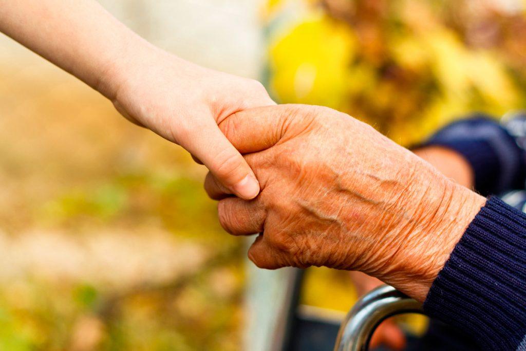Представители отдела социального служения Витебской епархии посетили Максимовский дом-интернат для престарелых и инвалидов