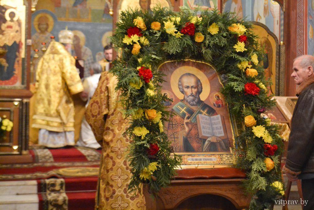В день памяти святителя Николая Чудотворца архиепископ Димитрий возглавил праздничные богослужения в Свято-Никольском храме города Витебска
