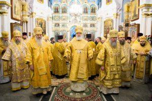 В день памяти святого апостола Андрея Первозванного архиепископ Димитрий сослужил митрополиту Павлу в Минском Свято-Духовом кафедральном соборе