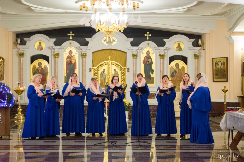 В храме Преображения Господня прошла вторая встреча архиепископа Димитрия с жёнами витебского духовенства