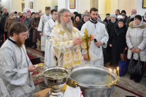 праздник Крещения Господня архиепископ Димитрий совершил Божественную литургию в Свято-Успенском кафедральном соборе города Витебска