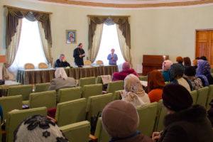 Архиепископ Димитрий встретился с жёнами священнослужителей и социально активными прихожанками храмов города Витебска