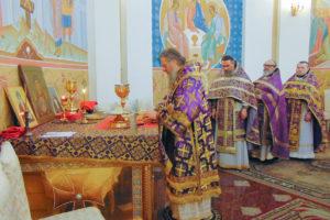 Архиепископ Димитрий возглавил Божественную литургию в Свято-Успенском кафедральном соборе города Витебска