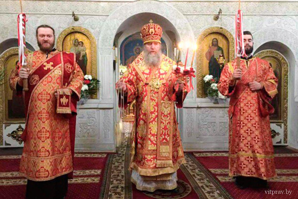 Архиепископ Димитрий совершил Пасхальную вечерню в Свято-Троицком Марковом мужском монастыре