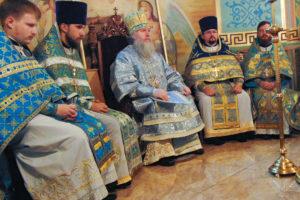 Архиепископ Димитрий возглавил престольные торжества в Рождество-Богородичном храме Орши