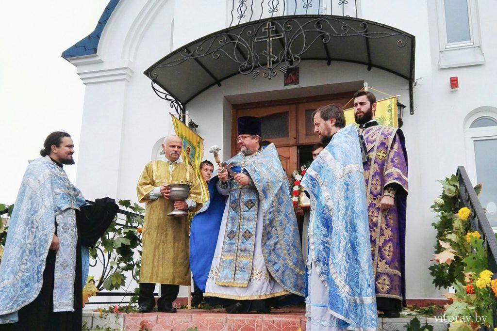 """В храме иконы Божией Матери """"Целительница"""" отметили престольный праздник"""