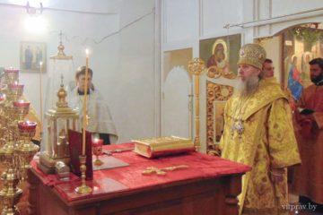 Архиепископ Димитрий совершил всенощное бдение в храме святителя Василия Великого города Витебска
