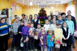 Рождественскую радость воспитанники воскресной школы принесли в Городокский детский приют