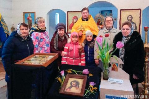 """В Боровке день памяти 40 мучеников Севастийских отметили """"трапезой любви"""""""