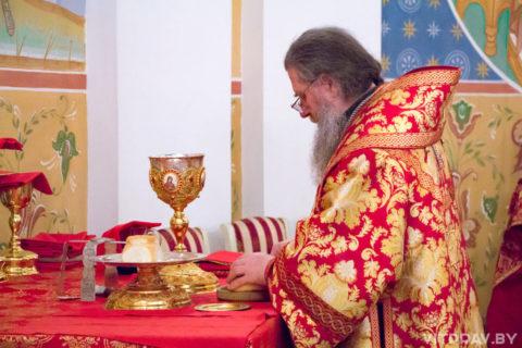 Расписание богослужений в день праздника Воскресения Христова в 2018 году