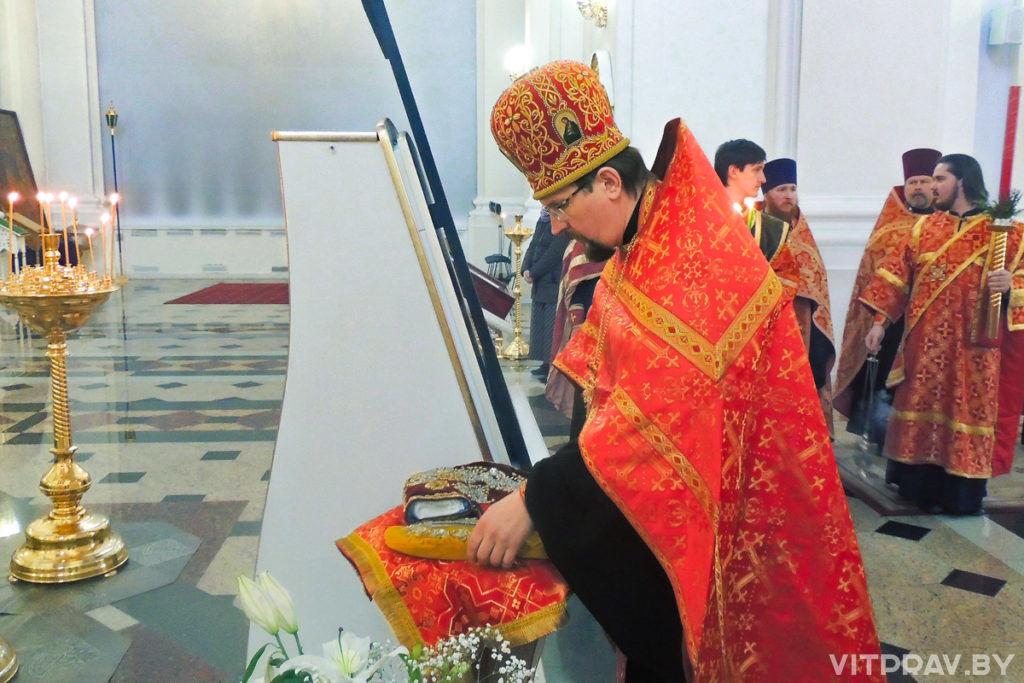 В Свято-Успенском соборе появился сапожок, освященный на мощах святителя Спиридона Тримифунтского