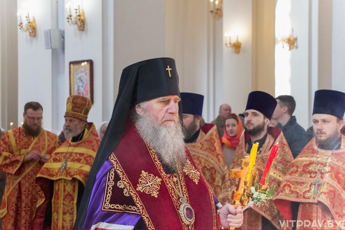 Соборный Пасхальный молебен в Свято-Успенском кафедральном соборе. Фоторепортаж