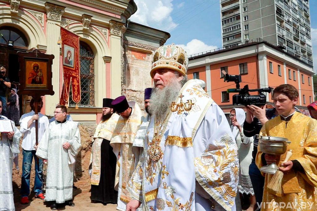 Архиепископ Димитрий возглавил престольные торжества в храме святой великомученицы Ирины