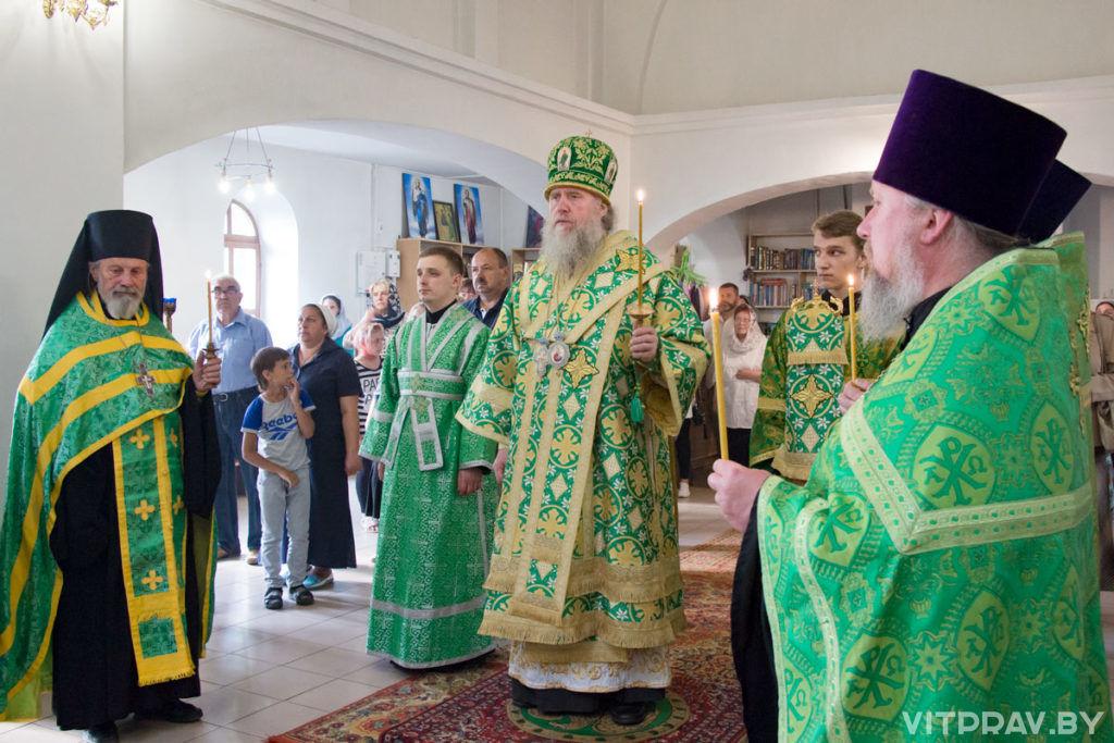 Архиепископ Димитрий возглавил всенощное бдение в храме преподобной Евфросинии Полоцкой города Витебска