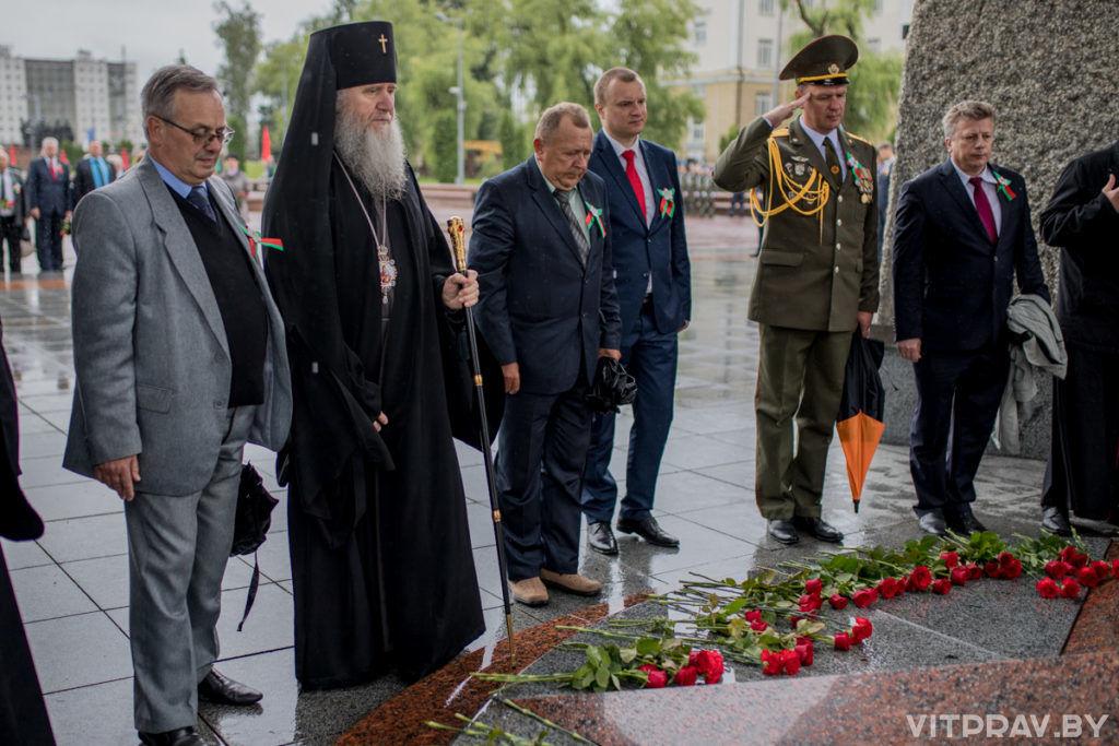 Архиепископ Димитрий присутствовал на параде в честь Дня Независимости Республики Беларусь в Витебске