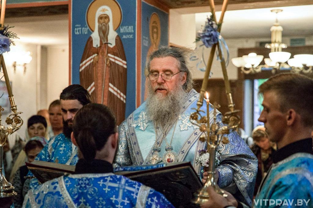 В канун праздника Успения Пресвятой Богородицы архиепископ Димитрий совершил богослужение в одноименном храме города Витебска