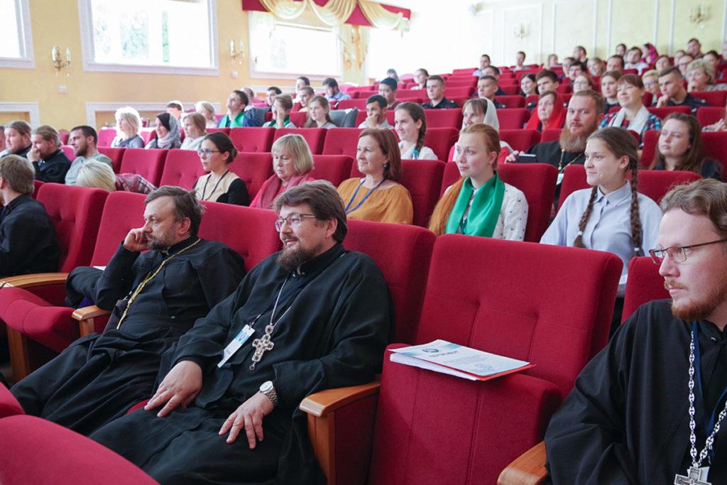 Представители Витебской духовной семинарии приняли участие в мероприятиях регионального этапа Рождественских чтений «Молодежь: свобода и ответственность»