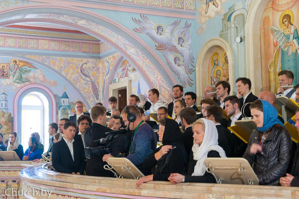 В праздник Покрова Пресвятой Богородицы Святейший Патриарх Кирилл совершил Чин великого освящения храма Все Святых в городе Минске