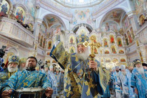 В праздник Покрова Пресвятой Богородицы Святейший Патриарх Кирилл совершил Чин великого освящения храма Всех Святых в городе Минске