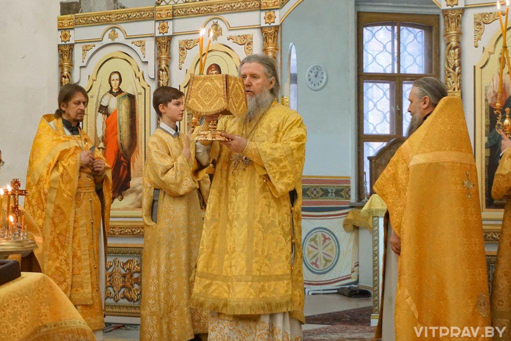 В Неделю сыропустную архиепископ Димитрий совершил Литургию в в храме святой великомученицы Ирины