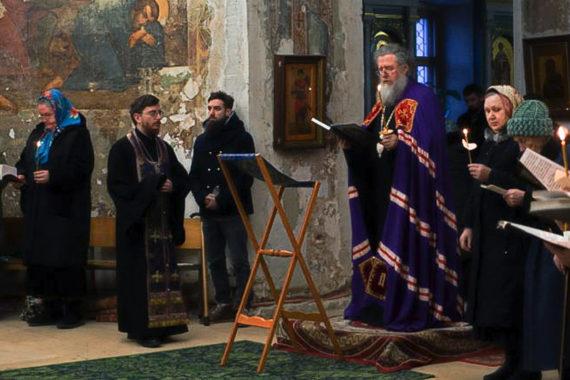 Архиепископ Димитрий совершил великое повечерие с чтением Великого канона преподобного Андрея Критского