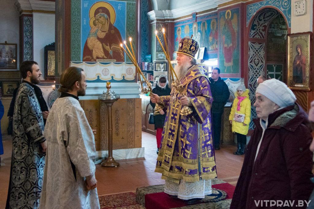 Архиепископ Димитрий совершил диаконскую и иерейскую хиротонии в Свято-Покровском соборе города Витебска