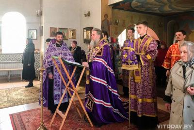 Архиепископ Димитрий совершил Пассию в храме святой мученицы Татьяны
