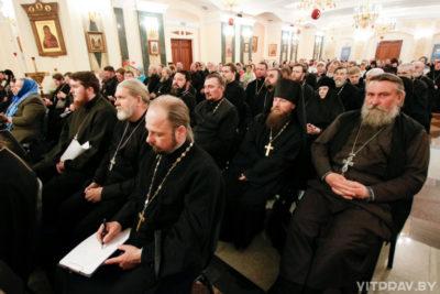 В храме Преображения Господня города Витебска прошло епархиальное собрание духовенства и мирян Витебской епархии