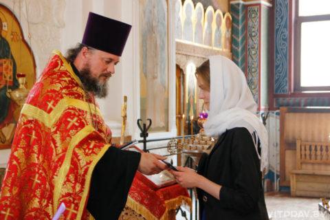 Выпускницам Витебского женского духовного училища вручили дипломы