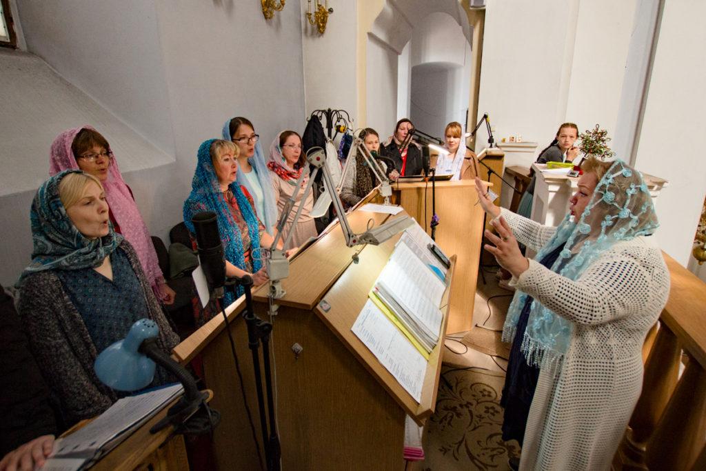 Праздничный хор Свято-успенского собора города Молодечно принял участие в Литургии в кафедральном соборе города Витебска