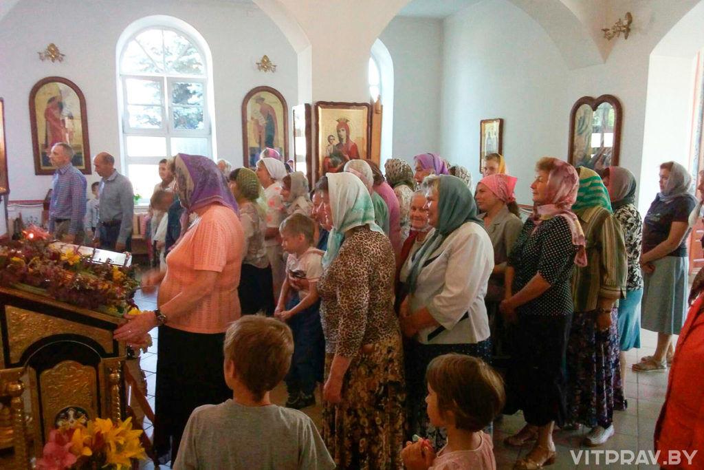 Божественная Литургия в Лиозно в день памяти Казанской иконы Божией Матери