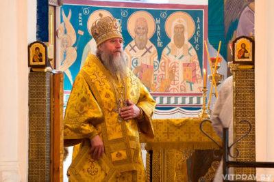 В день памяти святого равноапостольного князя Владимира архиепископ Димитрий совершил Литургию в Свято-Покровском соборе города Витебска