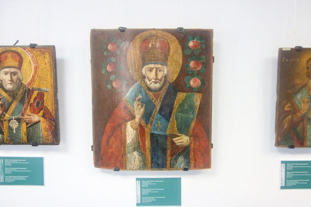 В Витебске открылась выставка «Народные иконы Беларуси»