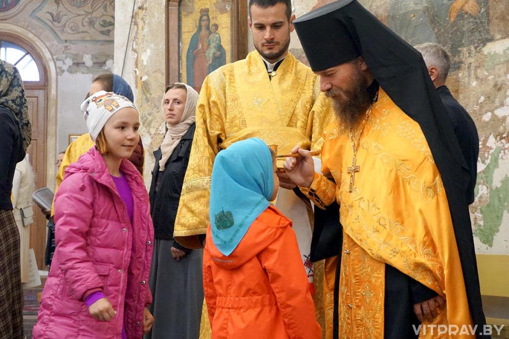В канун Недели 9-й по Пятидесятнице архиепископ Димитрий совершил всенощное бдение в храме святой великомученицы Ирины в Москве