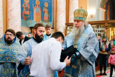 В день памяти святых праведных Богоотец Иоакима и Анны архиепископ Димитрий совершил Литургию в храме Воскресения Христова города Витебска