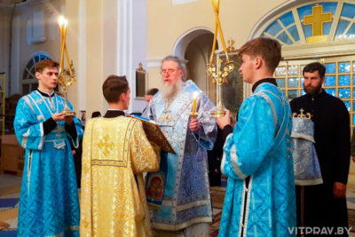 Архиепископ Димитрий совершил всенощное бдение в Свято-Покровском монастыре города Толочина