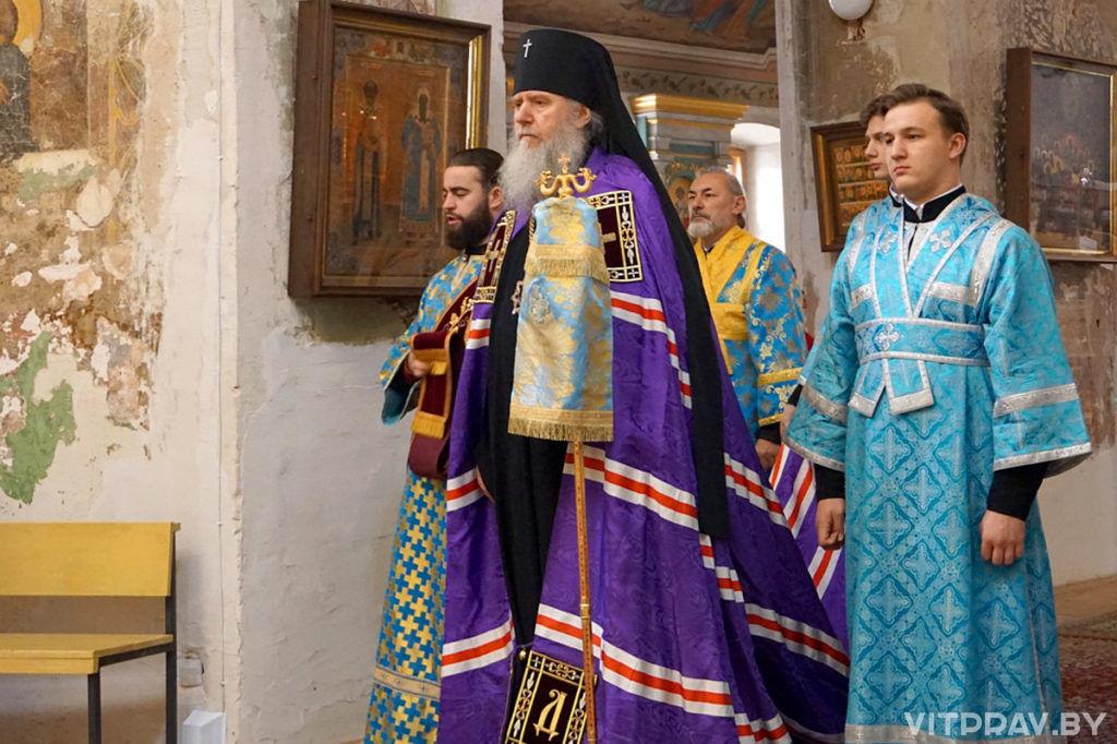 В праздник Покрова Пресвятой Богородицы архиепископ Димитрий совершил Литургию в храме великомученицы Ирины