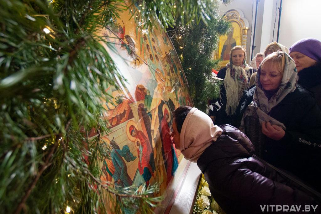 В кафедральном соборе города Витебска прошло торжественное Рождественское богослужение