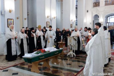 В кафедральном соборе города Витебска состоялось отпевание 94-летнего монаха Серафима (Тарамыкина)