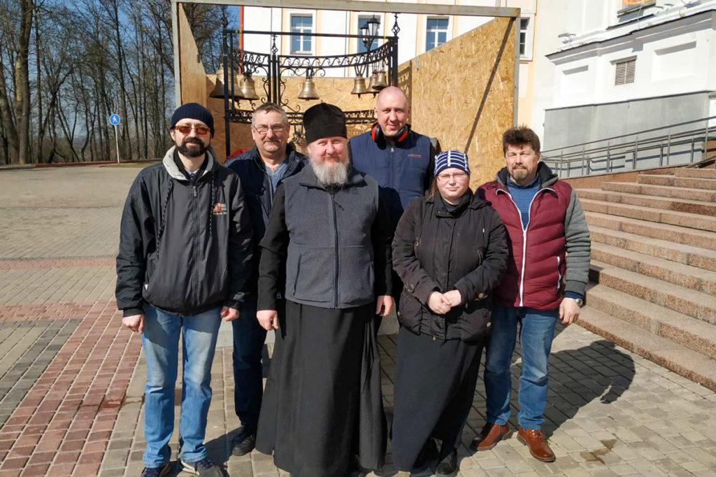 В праздник Благовещения Пресвятой Богородицы от одноименного храма областного центра прошел крестный ход вокруг Витебска