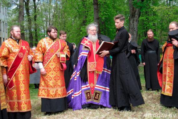 Архиепископ Димитрий освятил место строительства храма святой великомученицы Ирины в городе Витебске